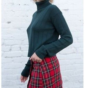 Brandy Melville Nicole turtleneck sweater